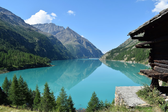 Lago di Place Moulin: una facile escursione nella Alta Valpelline